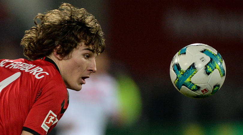 Leicester sign defender Caglar Soyuncu which leaves door open for Maguire to join Manchester United